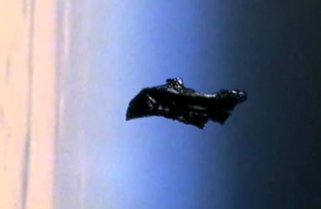 The Black Knight Satellite - Blanket or Probe - That's The Spirit